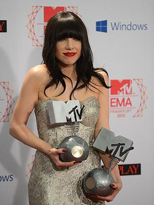 Carly Rae Jepsen fikk to priser på MTV EMA. Foto: NTB Scanpix / Johannes Eisele, AFP Photo.