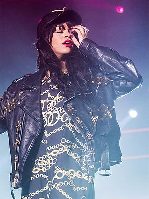 Rihanna fikk tåka til å lette i Holmenkollen da hun hadde sin forrige konsert i Norge. Foto: Mattis Folkestad, NRK P3.