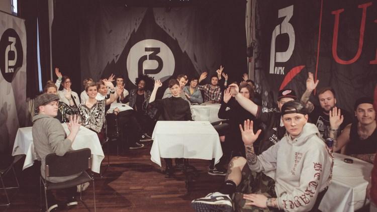 Finalistene samlet backstage før finalen (Foto: Rashid Akrim, NRK P3)