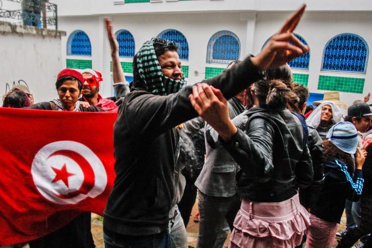 Harlem Shake-protester i Tunisia. (Foto: AP Photo/Amine Landoulsi, File)