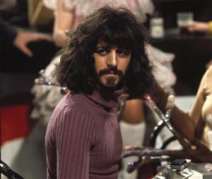 Ringo Starr i rollen som Frank Zappa i filmen 200 Motels. Foto: Skjermdump.