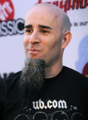 Gitaristen i Anthrax, Scott Ian, bekrefter at Metallica ville finne seg en ny trommeslager. (Foto: NTB Scanpix, Chris Pizzello)