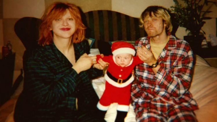 Courtney Love, Frances Bean og Kurt Cobin. Skjermdump, Yahoo