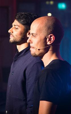 Magdi og Chirag stilte opp til duell. Foto: Rashid Akrim, NRK P3