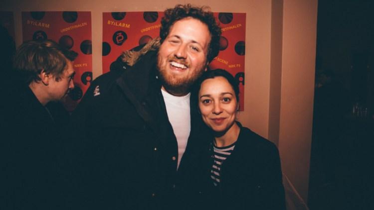 Ronny Brede Aase og Marie Komissar. Foto: Rashid Akrim, NRK P3