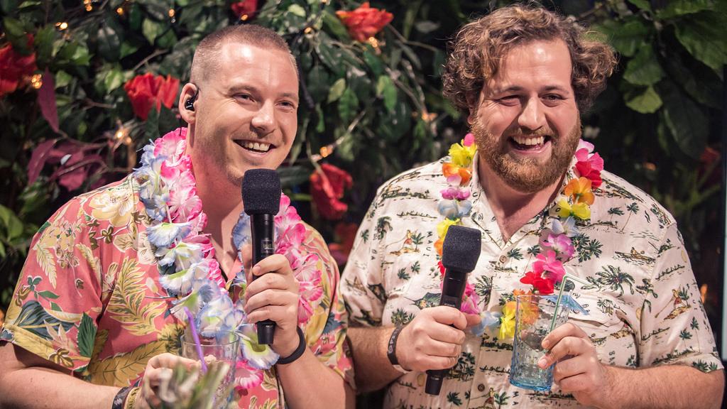 Niklas Baarli (tv) og Ronny Brede Aase. Her under P3 Gull i fjor. Foto: Rashid Akrim / NRK P3