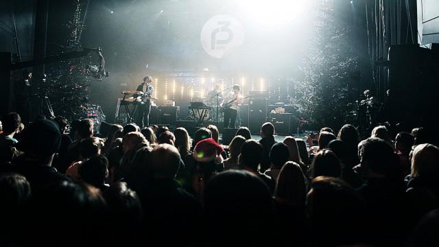 The Wombats var siste band ut på JuleSessions 2010 (Foto: Tom Øverlie, NRK P3)