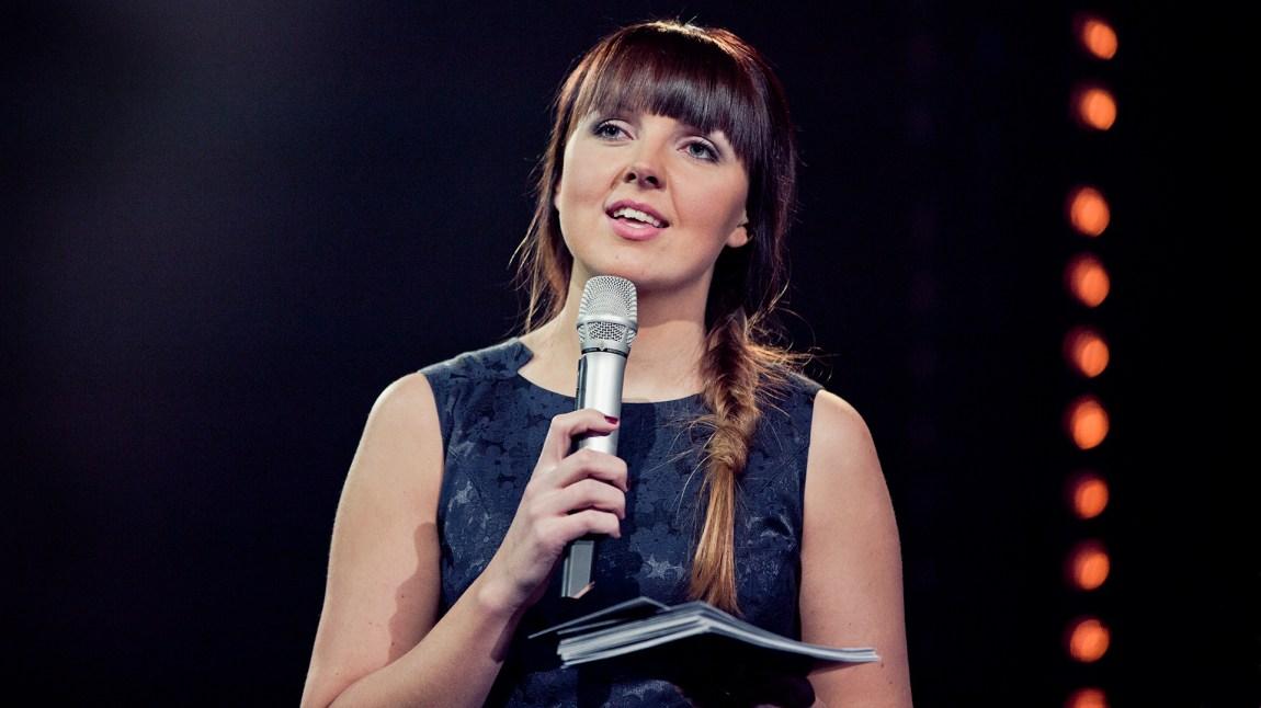 Urørtfinalen 2013  med programleder Mari Monsson (Foto: NRK)