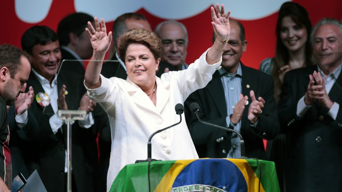 Dilma Rousseff ble gjenvalgt som president i oktober 2014 etter en nervepirrende valginnspurt. (Foto: NTB Scanpix, Ueslei Marcelino)