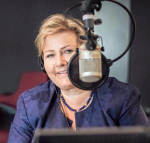 Erna Solberg under et tidligere besøk hos P3. (Foto: Jonas Bødtker, NRK P3)