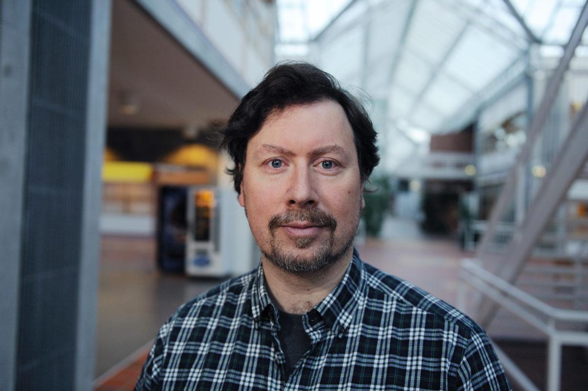 Leif Edward Ottesen Kennair, professor ved Psykologisk institutt, NTNU.   Foto: NTNU SVT/Nils Heldal.