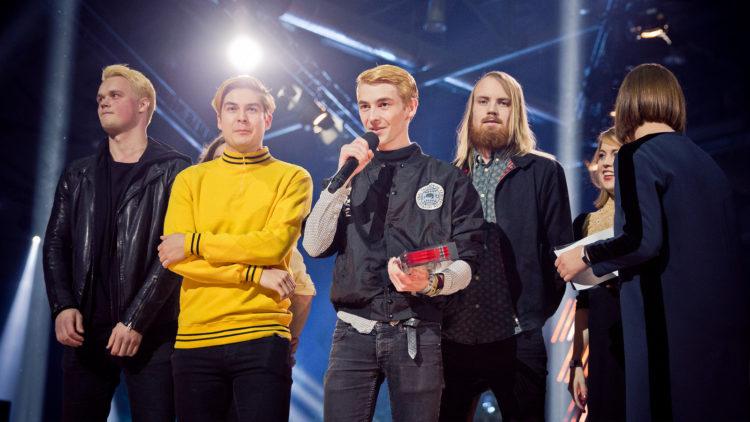"""Honningbarna ble tildelt prisen """"Årets liveartist"""" på P3 Gull i fjor. Fredag spiller de noen låter under P3aksjonen på torget i Trondheim. Foto: Tom Øverlie, NRK P3."""