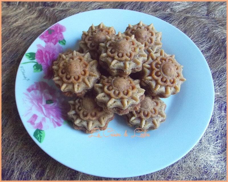 m-chekla-fleur-aux-cacahuetes