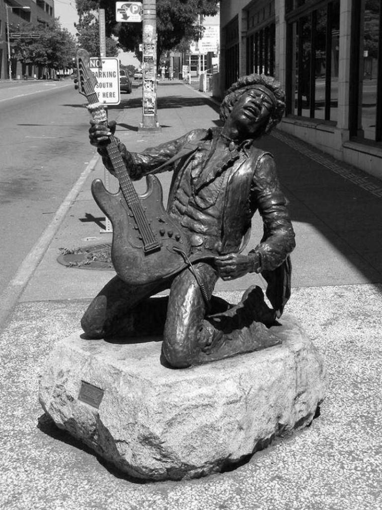 jimi-hendrix-statue_seattle1