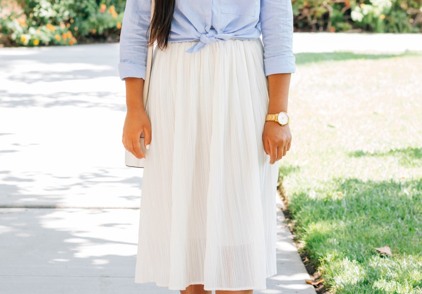 Cool in a chambray shirt, white skirt, brown sandals | A Letter to My High School Self | High school tips and advice