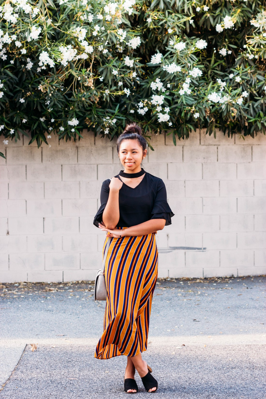6 Reasons Why I Love Blogging | Cute fall outfit - brown striped wrap skirt and black choker top