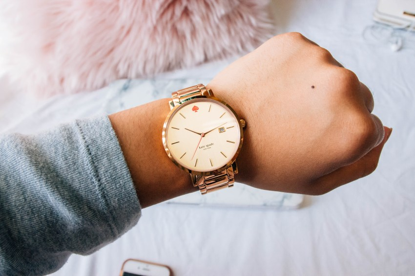 Kate Spade Watch | What's in My Pink Bag | What I Can't Leave Without
