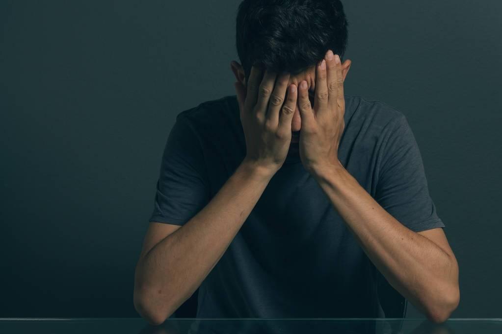 原创             中青年人血压升高,多与紧张情绪相关,抗焦虑治疗比降压药有效