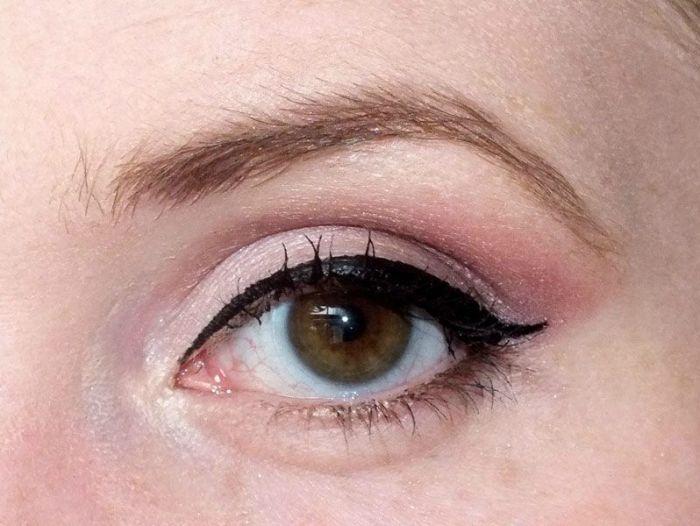 Kiko-Colour-Impact-Eyeshadow-Palette-lounge-warm-tones-makeup-maquillage-yeux-exemple-prune-doré-mat-brillant-dark-heroine (7)