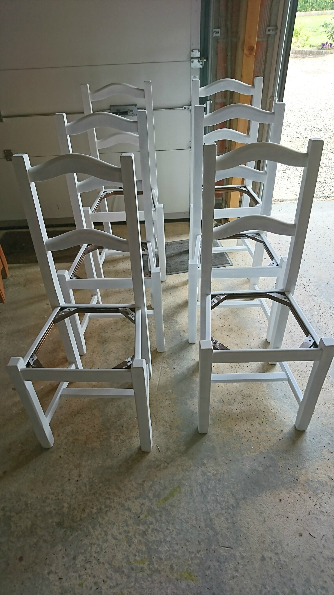 Moderniser Une Chaise En Paille Chez Mymy 79