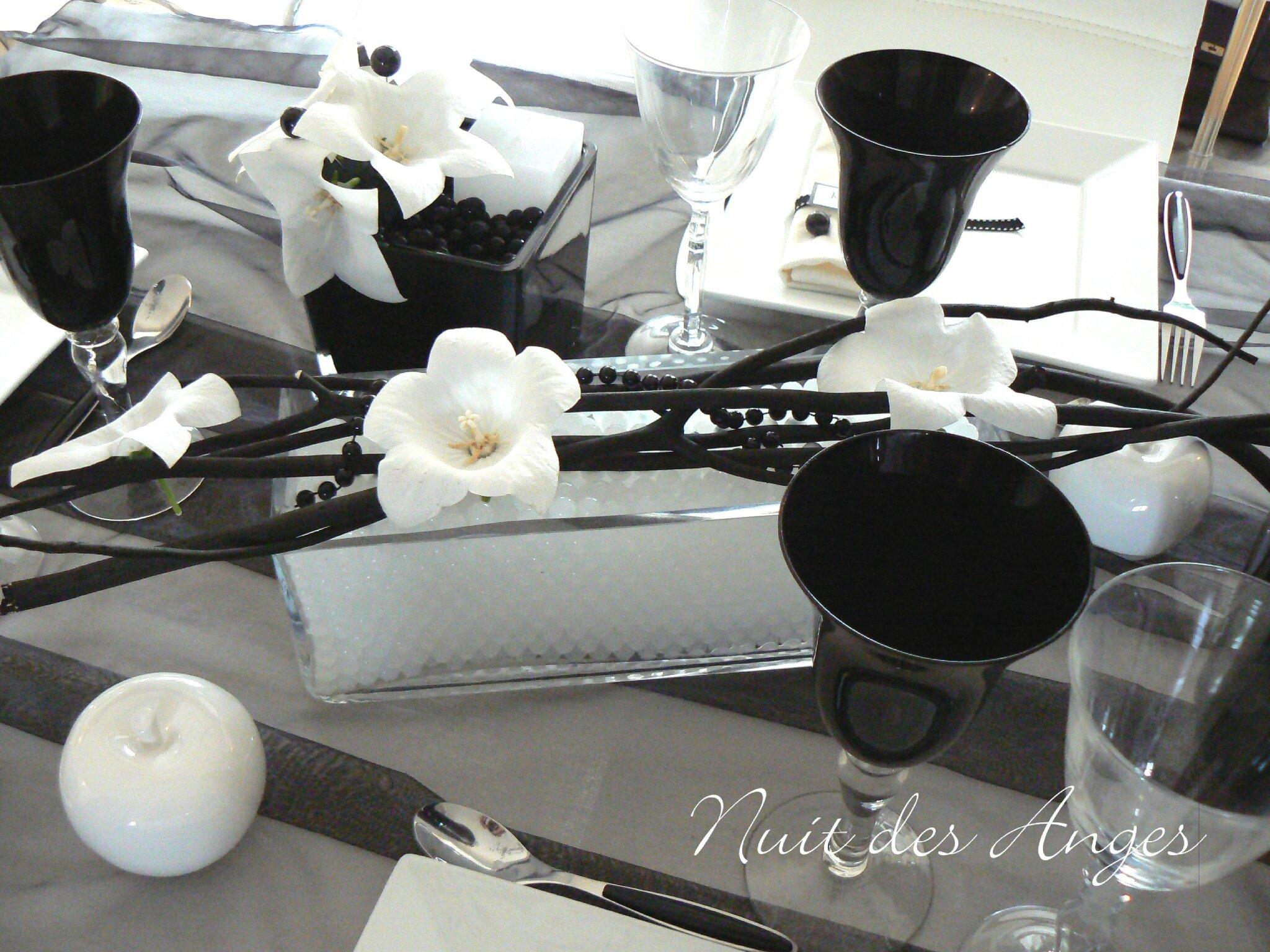 nuit des anges decoratrice de mariage decoration de table noir et blanc 009
