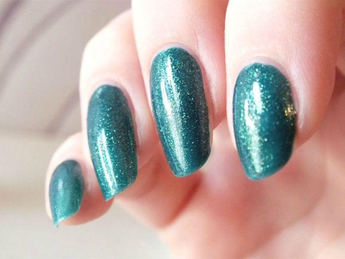 vernis-nail-polish-kiko-sun-pearl-river-green-paillete-lagon-paillettes-dorees-application-test-revue-swatch (5)