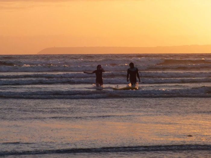 plage-sainte-anne-la-palud-finistere-baie-douarnenez-bretagne-atlantique-vagues-pipit-char-a-voile-coucher-soleil-mouettes (7)