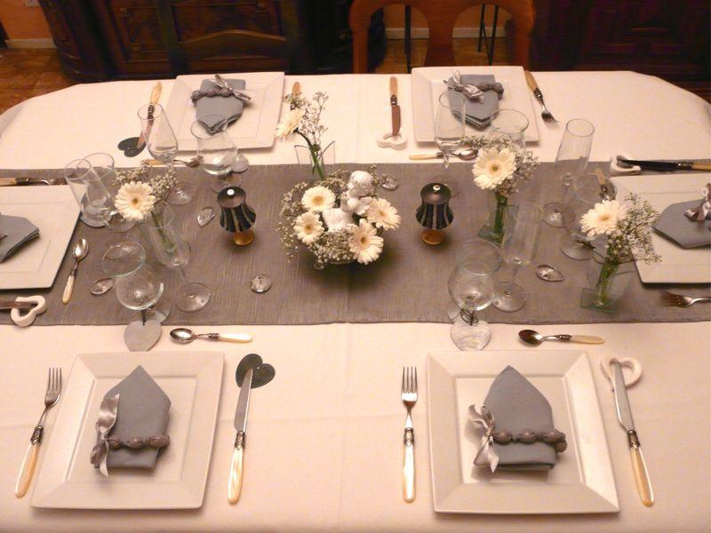 table blanche et grise album photos