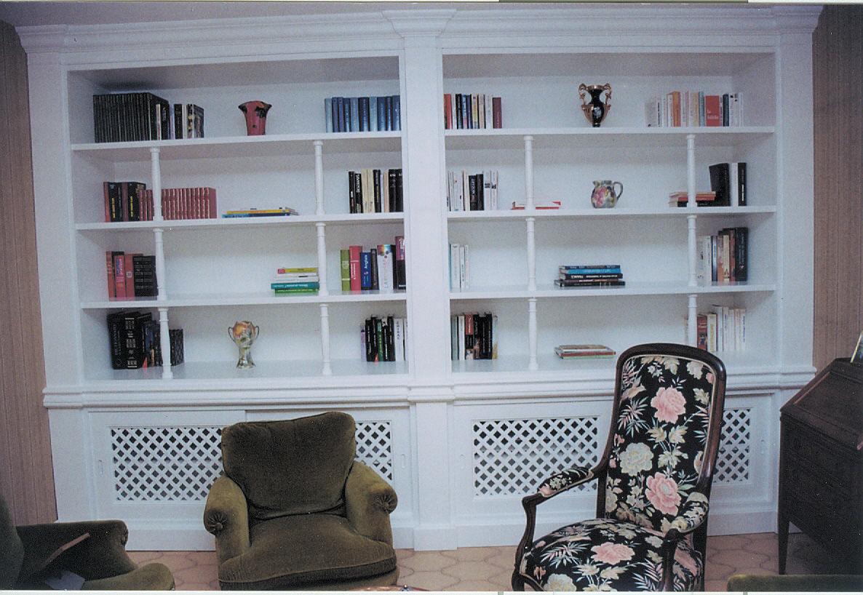 a bibliotheque en bois laque blanc