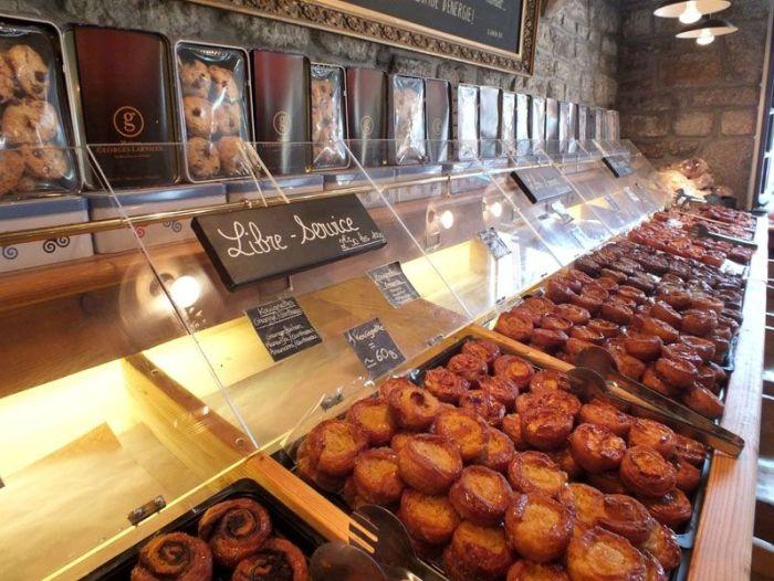 locronan-bretagne-finistere-touristique-boutiques-specialité-bretonnes-authentique-village-de-caractere-chocolatier-hortensias-chouans-monuments-historiques (3)
