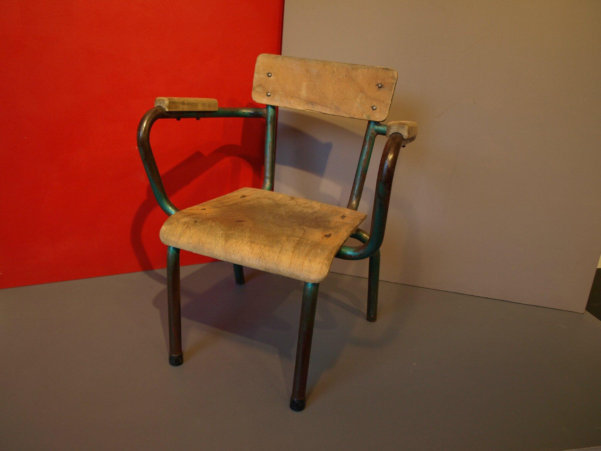 petit fauteuil d enfant vintage tout