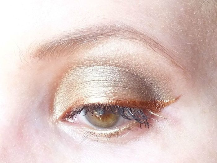 smuf-saturday-makeup-fever-nature-urban-decay-eye-liner-mua-bourjois-naked2-alice-in-wonderland-oraculum-yeux (2)