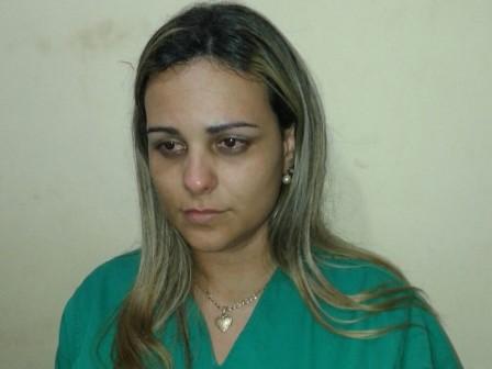 A mulher foi presa no Hospital Municipal de Canudos na noite do último sábado (15)
