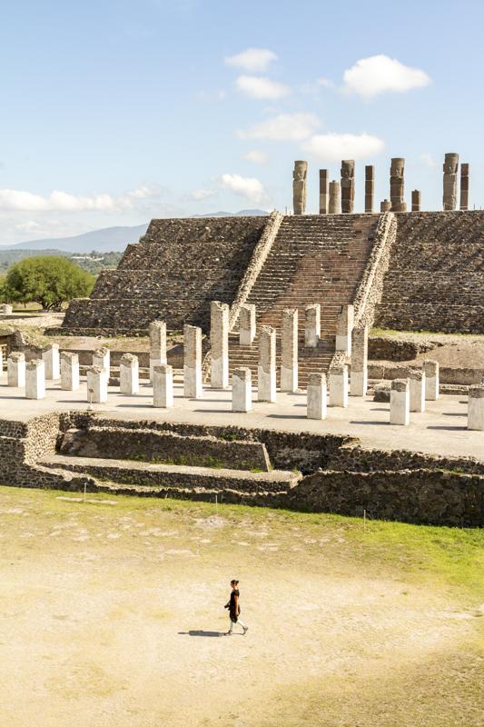 Walking around Tula ruins