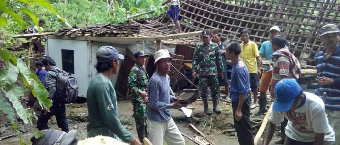 Bupati Pacitan Prihatin Banyak Bencana Alam Terjadi