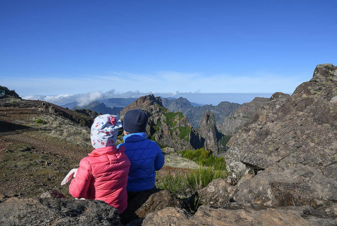 kids at view point Pico Ariero in Madeira