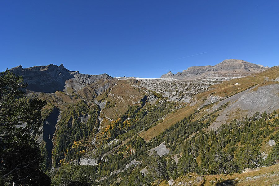On the Road up to Lake Sanetsch in Valais.