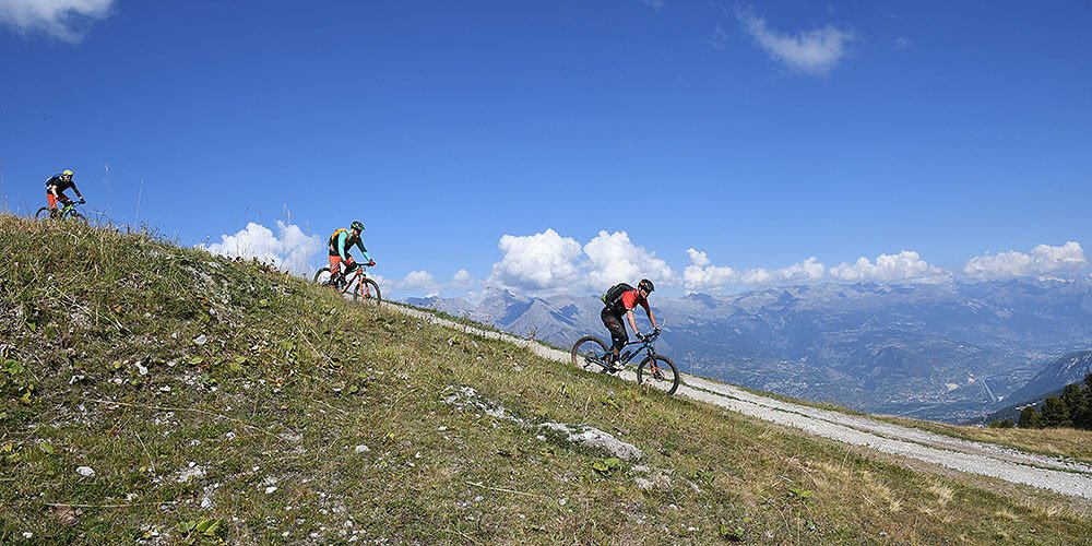 Mountain bike down to Nendaz from Tracouet