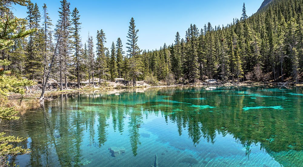 stunning blue Grassi lake in Canmore