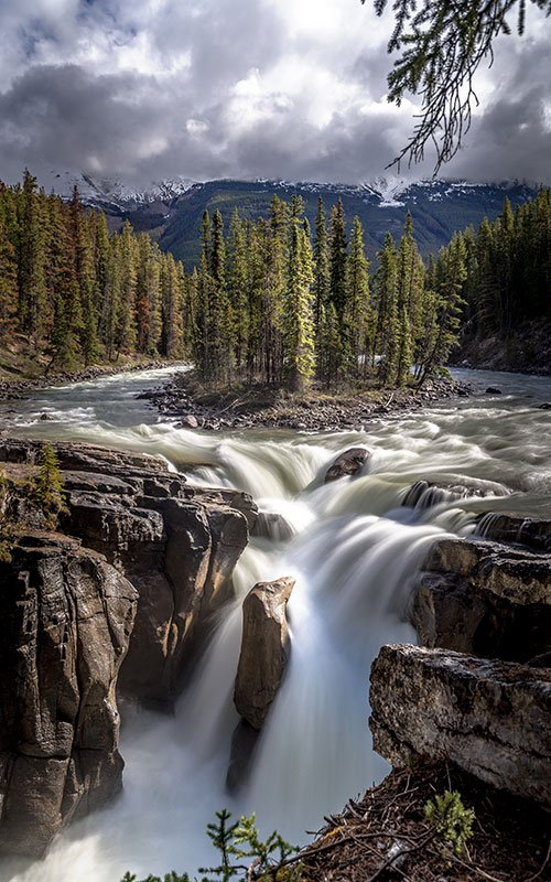best photography spots in the Canadian Rockies Sunwapta Falls