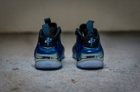 Nike-Air-Foamposite-Blue-Mirror-06