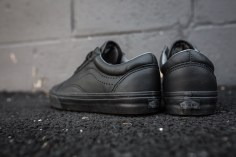 Vans Old Skool Reissue Black-11