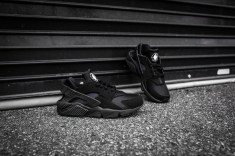 Nike Air Huarache Black-Black-10