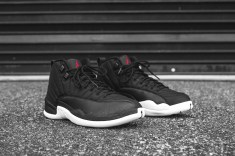 air-jordan-12-retro-black-gym-red-white-angle