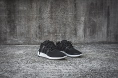 y-3-yohji-run-core-black-white-3