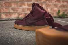wmns-air-force-1-hi-se-night-maroon-860544-600-12