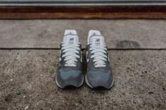 grey1300-3