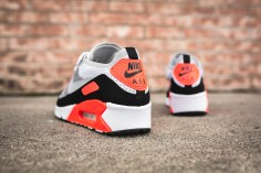nike-air-max-90-ultra-2-0-flyknit-875943-100-6