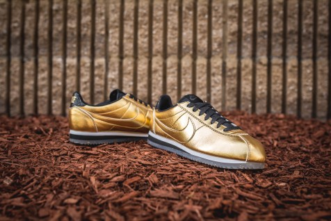 Nike W Classic Cortez Leather SE 902854-700-8