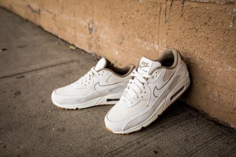 Nike Air Max 90 Premium 700155 004-13